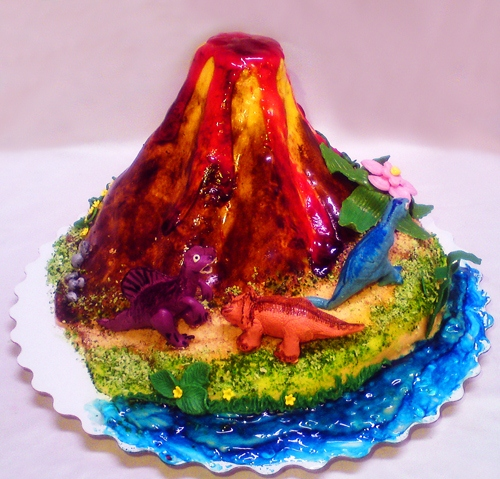 торты в форме вулкана фото